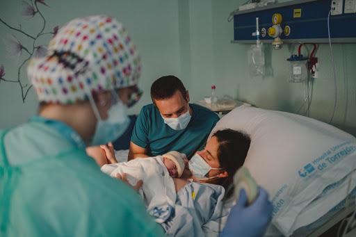 Los niños de la pandemia: más de 8.000 nacimientos en los hospitales de Ribera desde el primer Estado de Alarma